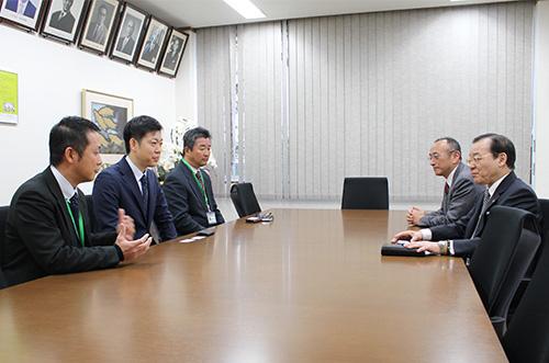 元日本代表選手の横山憲一氏が硬式野球部のコーチに就任します   2019 ...
